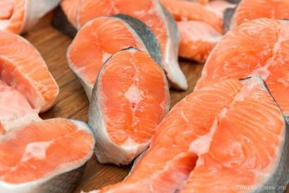 Сбор заказов. Свежемороженная рыба , стейки от производителя - 10 . Раздачи через 8 ЦР , курьер. Акция от производителя на рыбу и стейки кеты. Собираем всего лишь 3 дня.