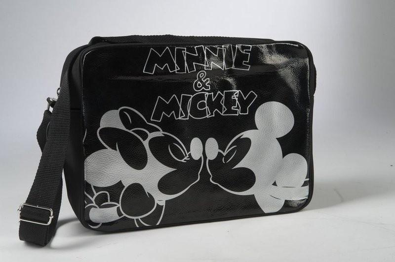 Сбор заказов. Дисконт-игрушка - брак упаковки. Ликвидация склада - сумочки, спортивные сумки и рюкзачки Disney. Все по 200 руб! 2 выкуп.