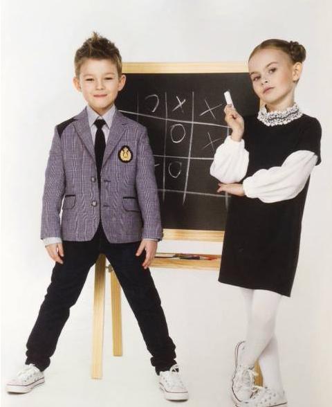 И снова скоро в школу! Стильная школьная одежда для девочек и мальчиков. Водолазки, блузки, рубашки, жилеты и джемпера с имитацией рубашки, юбки, сарафаны, брюки, галстуки. Без рядов!