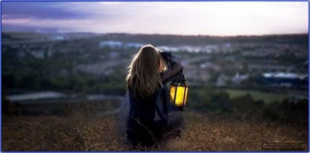 Человеческий разум имеет три ключа, которые открывают все: знания, мысль, воображение...
