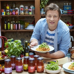 Продукты всемирноизвестного Джейми Оливера - 7. Паста, соусы к пасте, песто, вяленые томаты, масла и оливки. Вся Италия у Вас на тарелке. Готовое блюдо за 8мин!