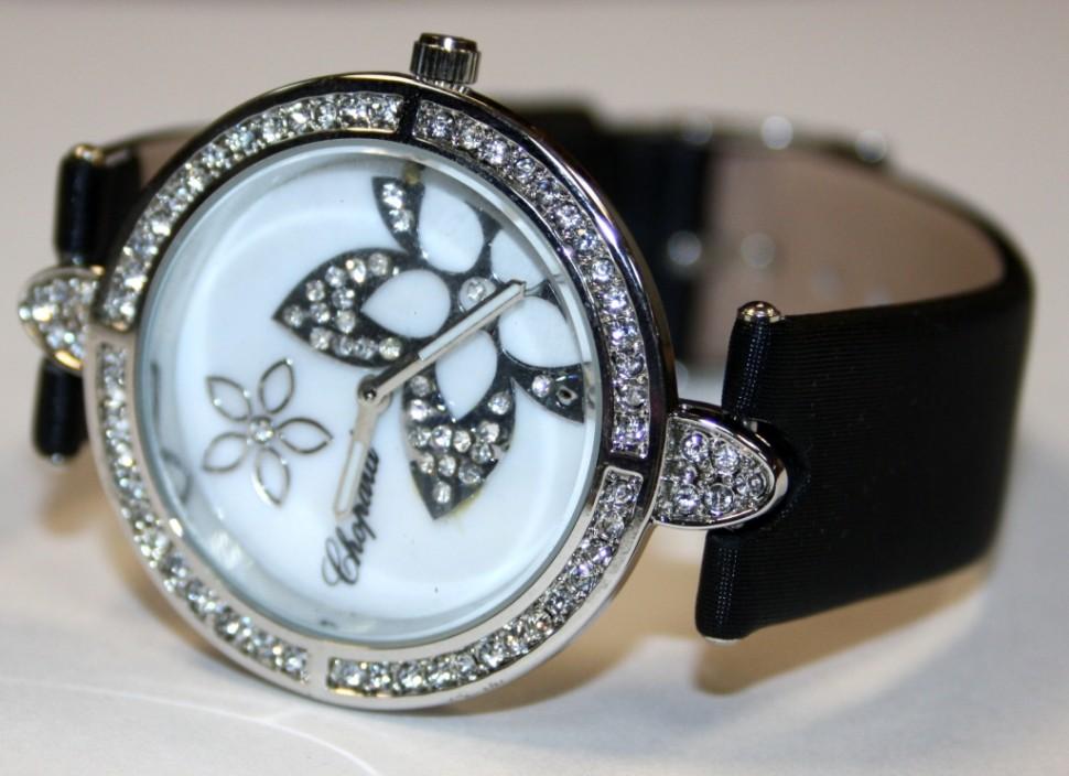 Часики-копии брендов-4. Более 500 моделей женских, мужских часов. Очень много летних и ярких вариантов. Цены от 250 рублей.
