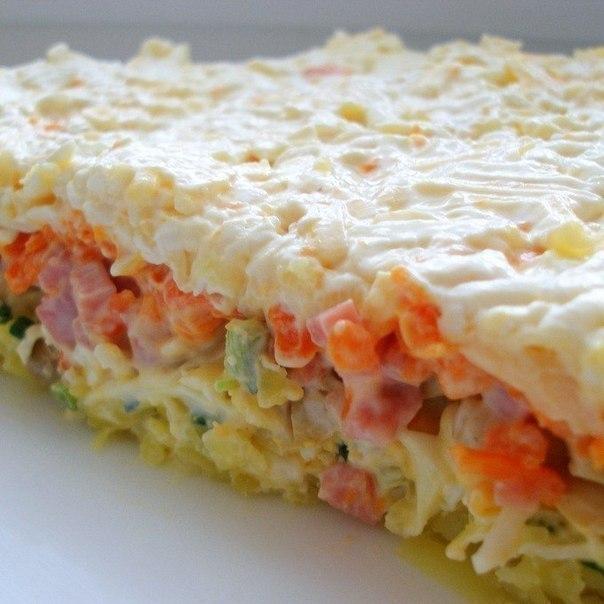 Очень вкусный слоеный салатик