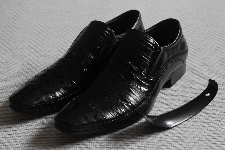 Мужская обувь из натуральных материалов по 680 рублей+% Шикарные модели, отличное качество. На всех не хватит)) Только 2 дня!!