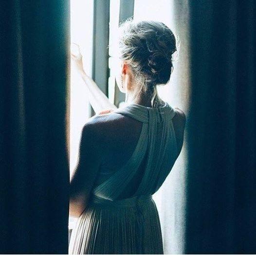 Счастье это жить для тех, кого любишь и знать, что они живут ради тебя