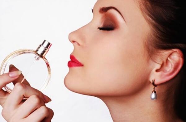 Парфюмерный рай-5.Представлены реплики самых известных ароматов производства Турции. Мужской, женский и компактный ассортимент, парфюмерное масло.