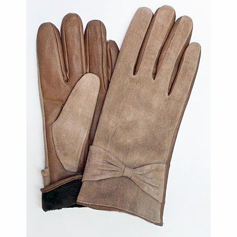 Большой пристрой перчаток из прессовки на кролике, флисе, плюше от 180руб. Трикотажные перчатки и варежки от 90руб. Раздача 25.09