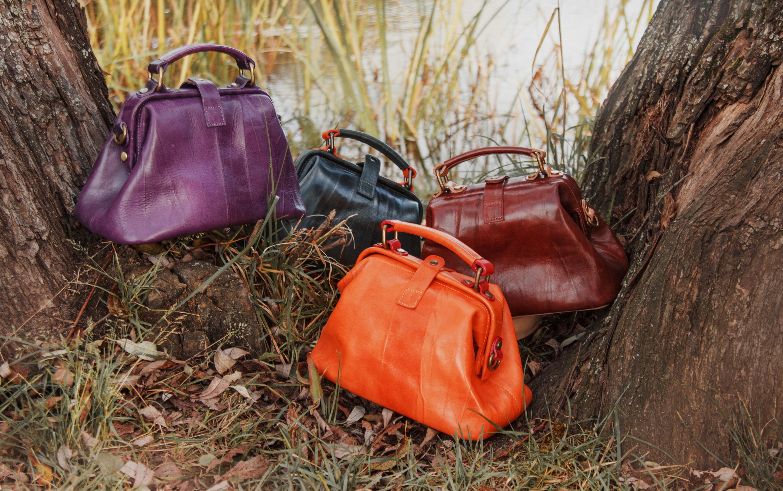 Кожаные сумки, аксессуары, ремни Alexander TS