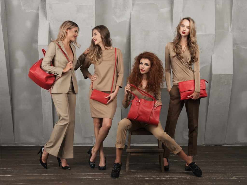 Сбор заказов. Шикарные сумки с итальянским характером. Правильные формы, лаконичный стиль и четкие линии.