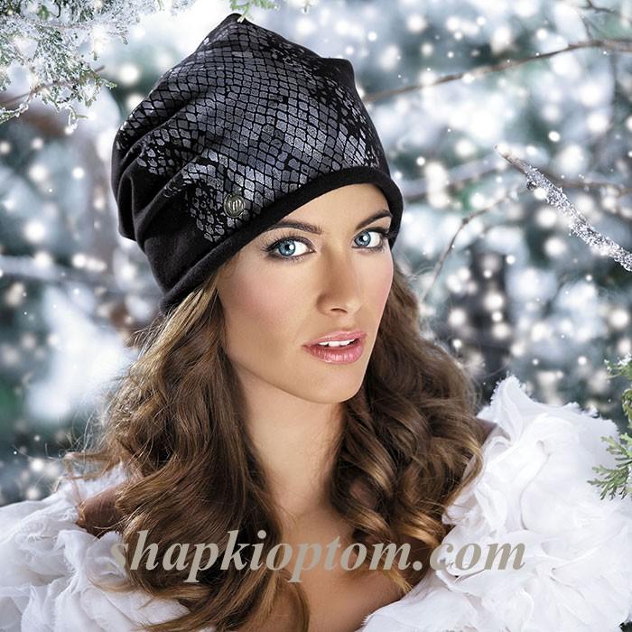 Увы и ах ,но уже осень!Безууууумной красоты шапочки ,береты ,снуды! Устоять невозможно!Вы точно не уйдете без покупки!выбор шикарный!6