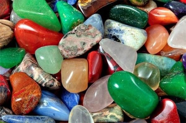 Натуральные камни. Лечение.