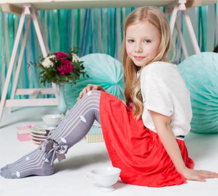 Распродажа детских колготок по 100 рублей до роста 164 см.Носки чешки по 65 рублей.Есть капроновые колготки для девочек.Ucs Socks. (Турция)
