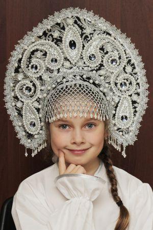 Сбор заказов. Кокошники ручной работы!!! Русские народные костюмы. Готовимся к Новому году! Много хороших отзывов! Цены от 100 рублей ! Выкуп 8