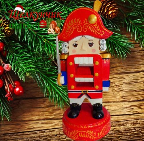 Приглашаю за удивительными сувенирами, а еще свечами к любым праздникам и ЩЕЛКУНЧИКАМИ!)