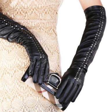 Перчатки нужно менять, как... перчатки! Это правило любой модницы, с которым вряд ли стоит спорить. Великолепный