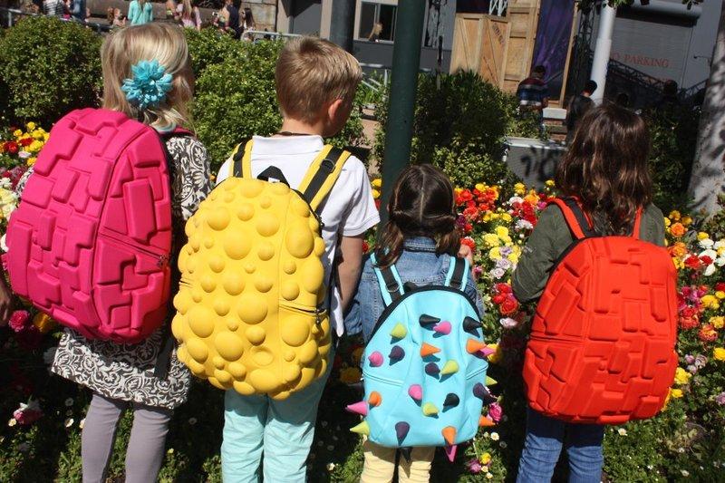 Эволюция рюкзаков - 9! Американские 3D рюкзаки и пеналы, которые выделят Вашего ребенка из толпы. Прекрасный подарок на НГ!