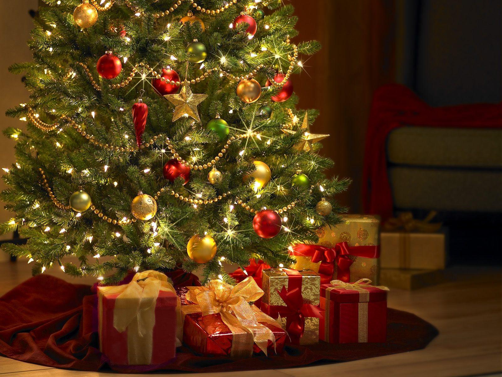 Веселые и сказочные Дед мороз и Снегурочка спешат к вашим деткам 2016-2017.