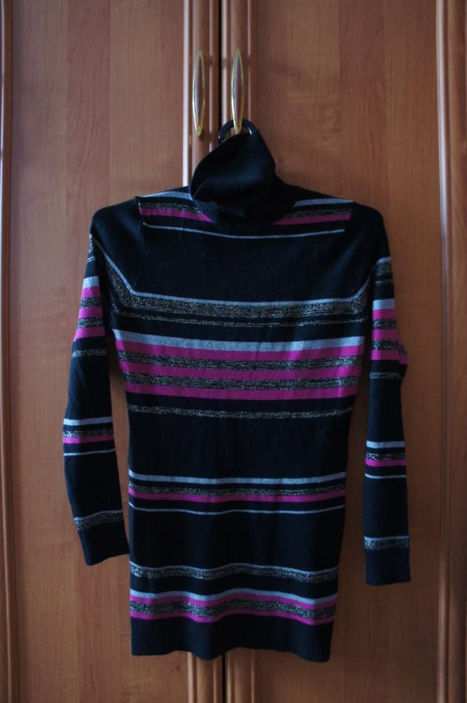 Пристрой нового удлиненного свитера с горлом р46 (+-)