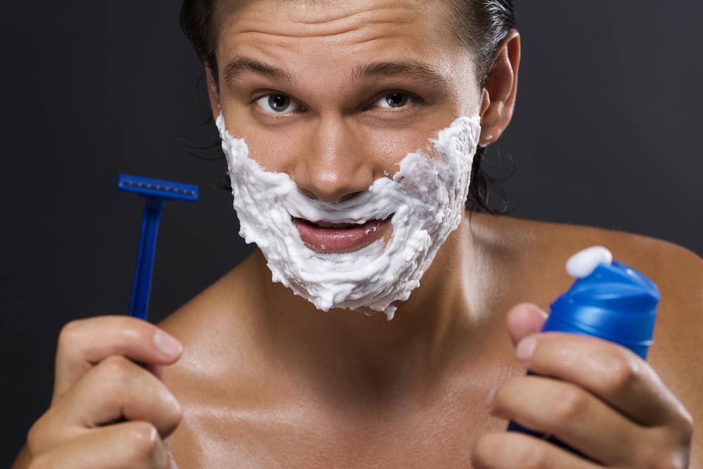 Чего хотят мужчины к Новому году?????! Конечно же побриться!!!!  Только оригинал и Только лучшая цена на станки Gillette!
