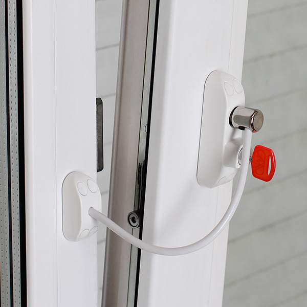 Защита на окна от выпадения детей! Сделай своё окно безопасным для ребёнка. Новинки в ассортименте. Невероятно низкие цены, защита на окна стала доступной для всех.