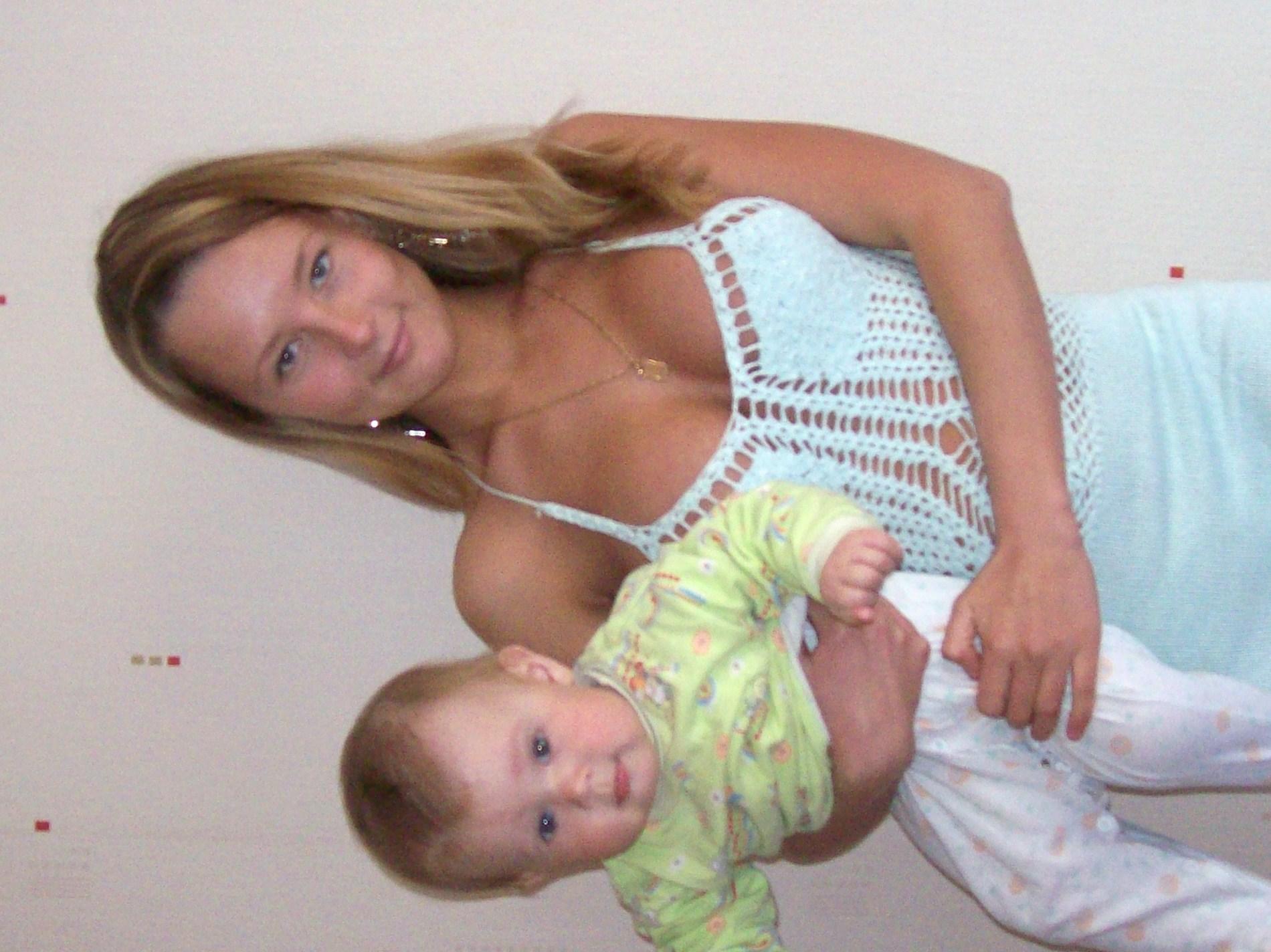Смотреть тискает ее груди 3 фотография