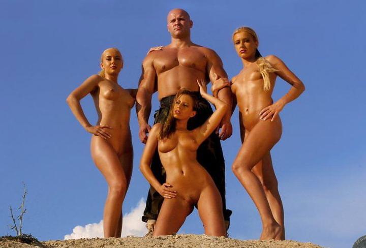 фото голых телок с мужиками