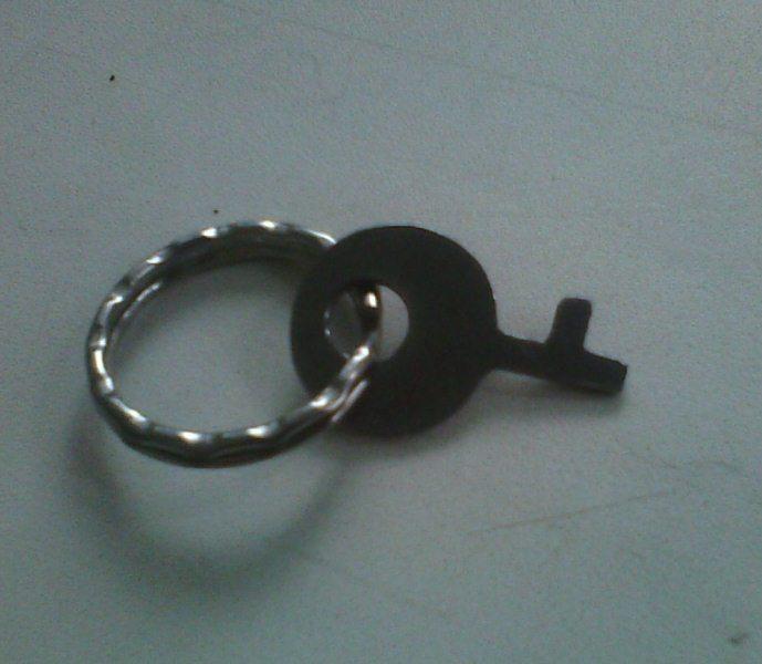 Как сделать ключ для наручников 20