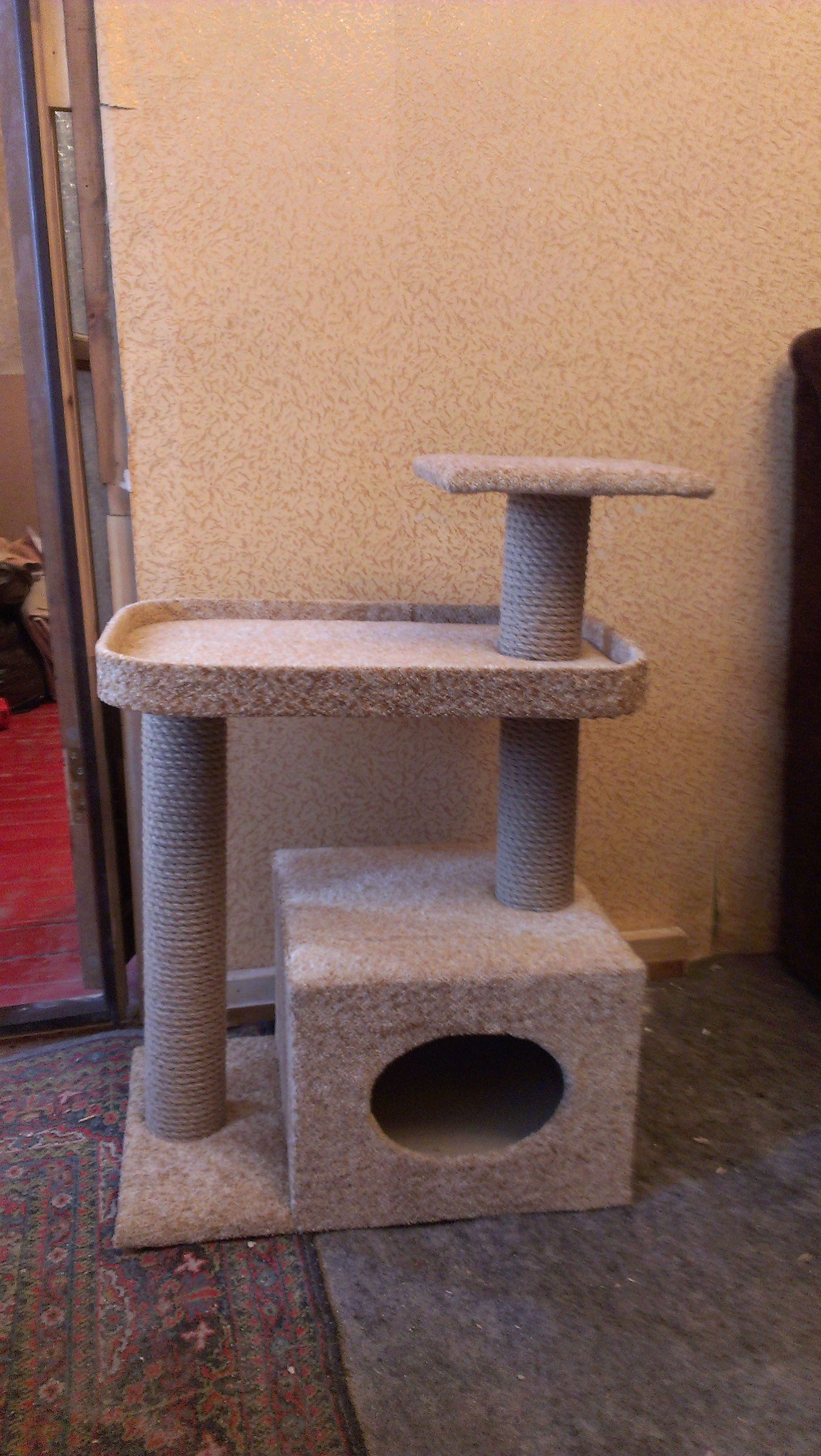 Строим домик для кошек своими руками
