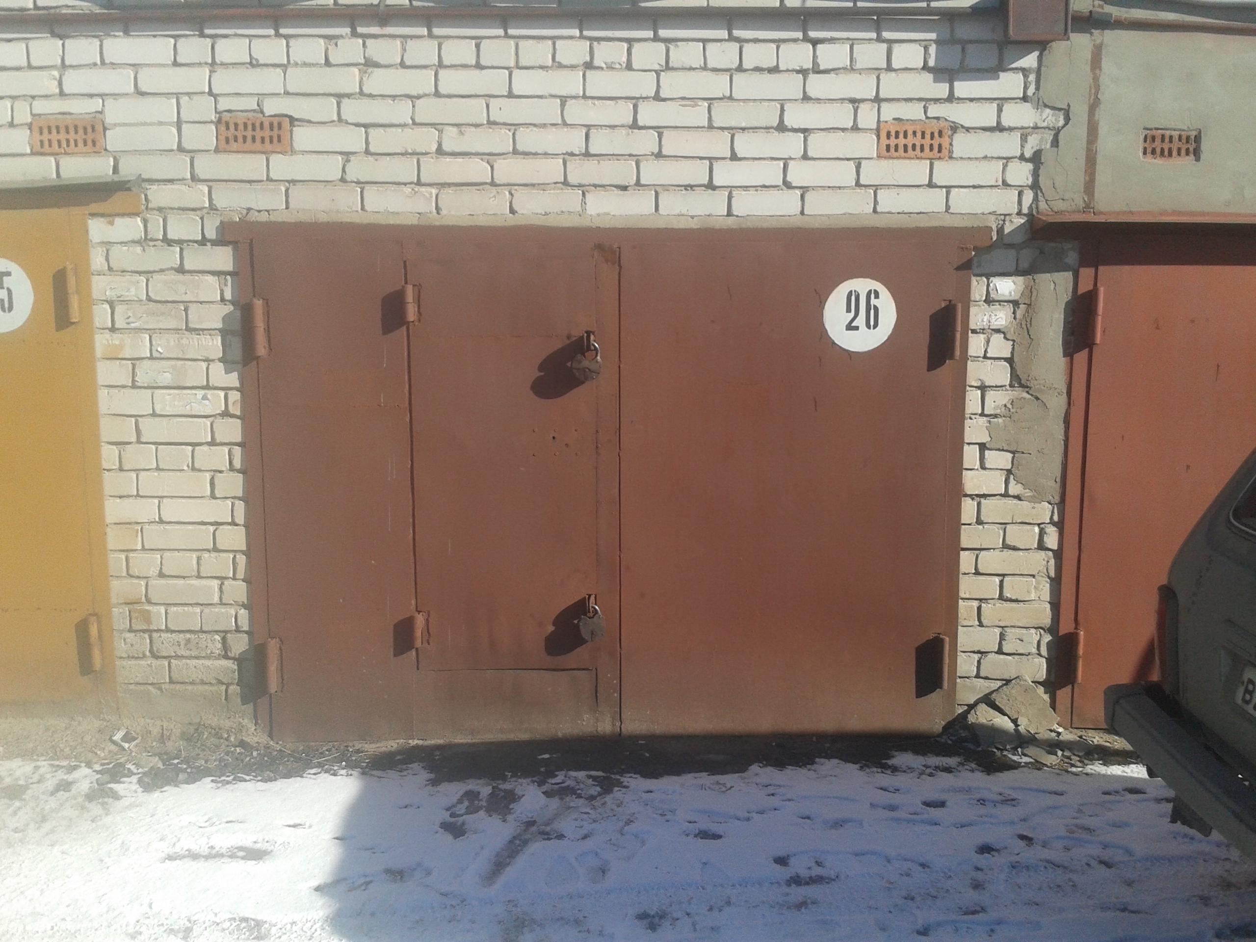 Поднимаем ворота в гараже своими руками