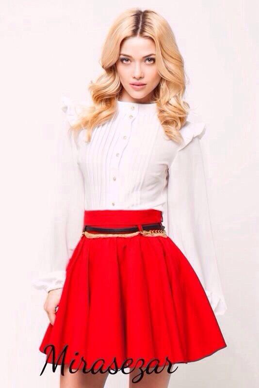 Красная Юбка И Белая Блузка Доставка