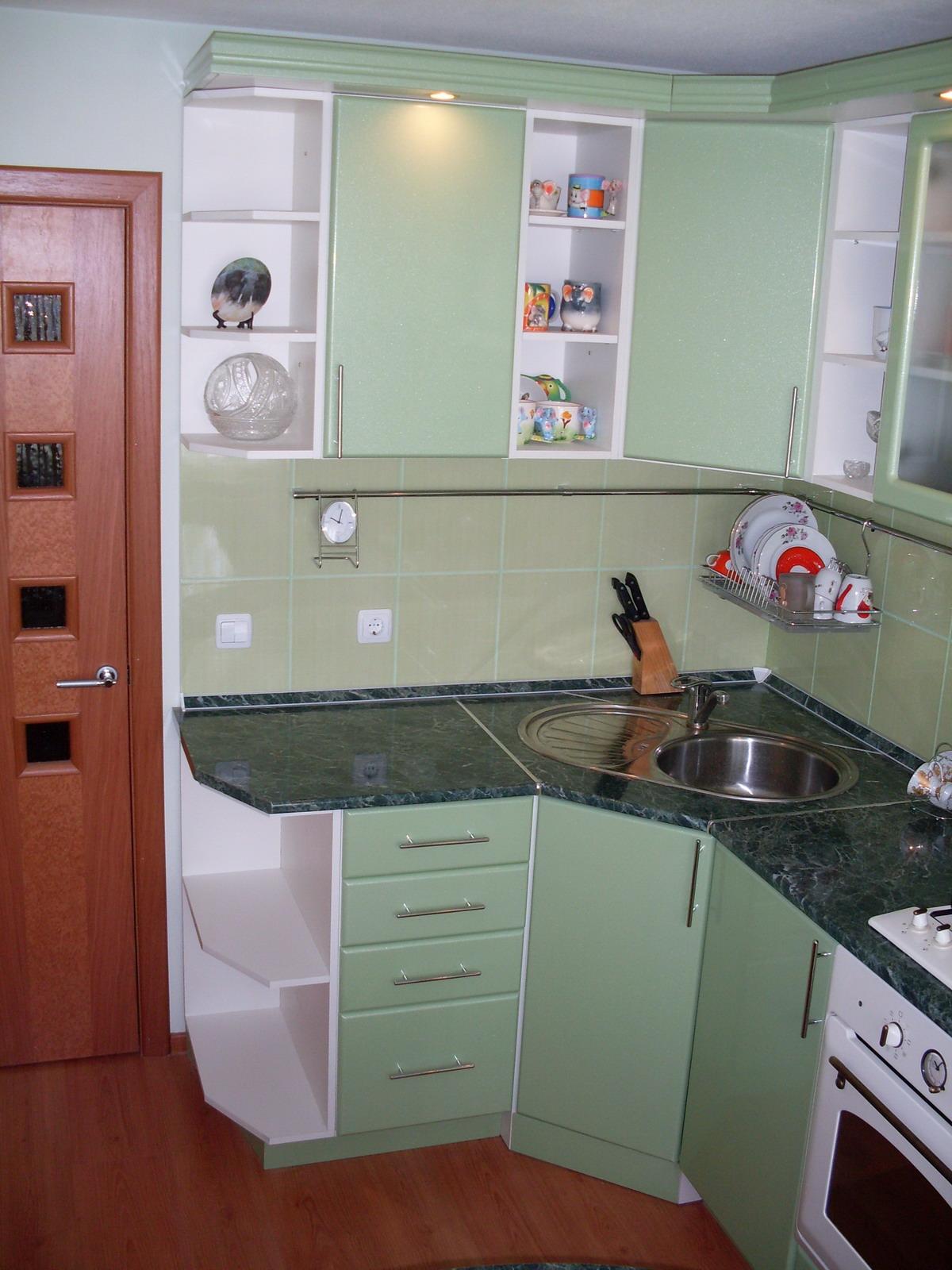 Кухня 5 кв.м дизайн с холодильником и стиральной машиной фото