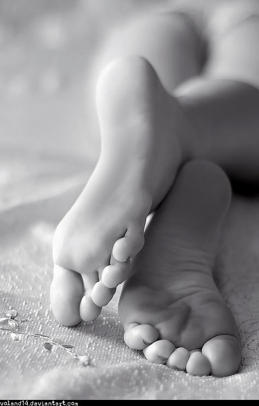nogi-zhenshin-nezhnih
