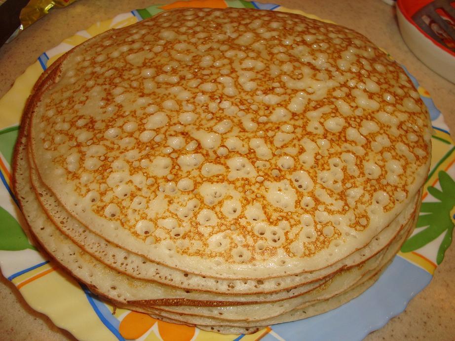 Дрожжевые блины на молоке рецепт пошагово с дырочками