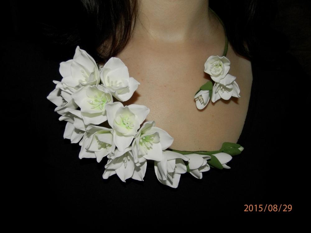 Украшения с цветком на шею своими руками