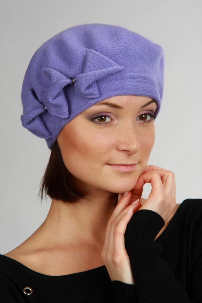 Модные женские шапки своими руками из ткани 45