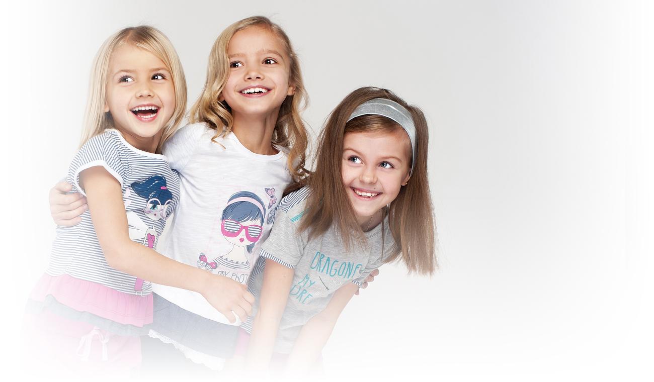 Надписями блондинка, картинки с детской одеждой рекламные