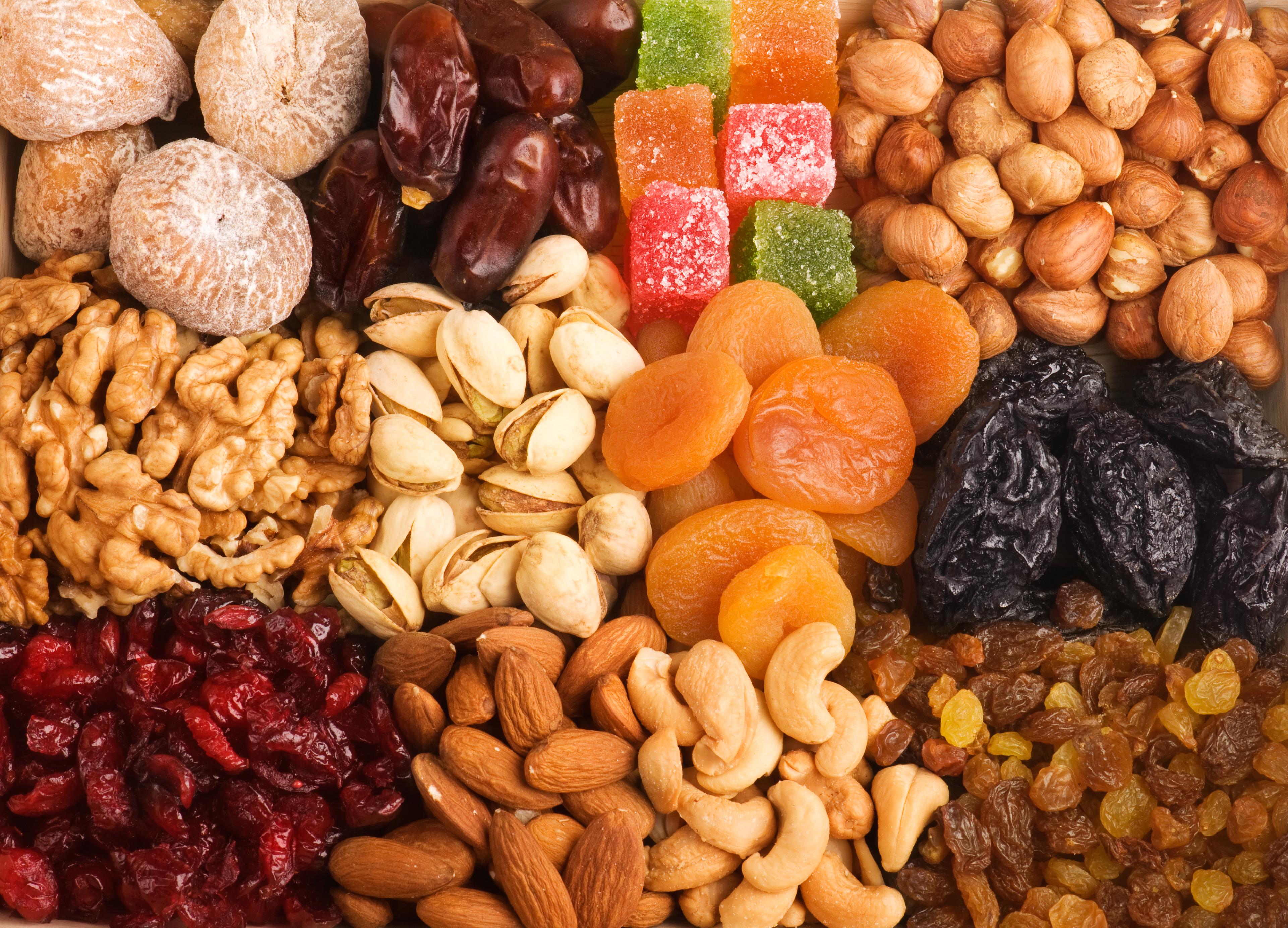 Картинка орехи сухофрукты