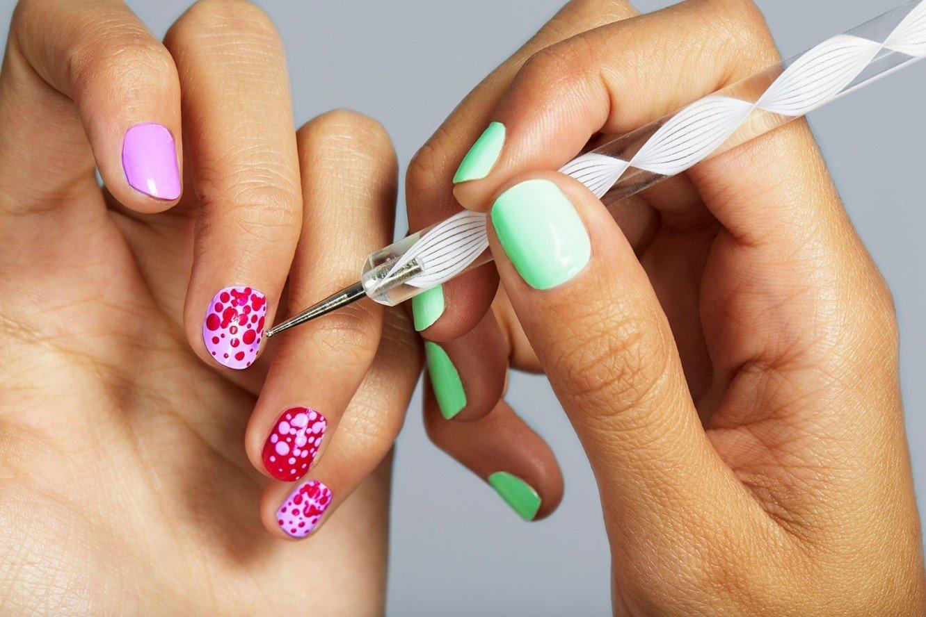 Как делать двух цветов фото ногтей