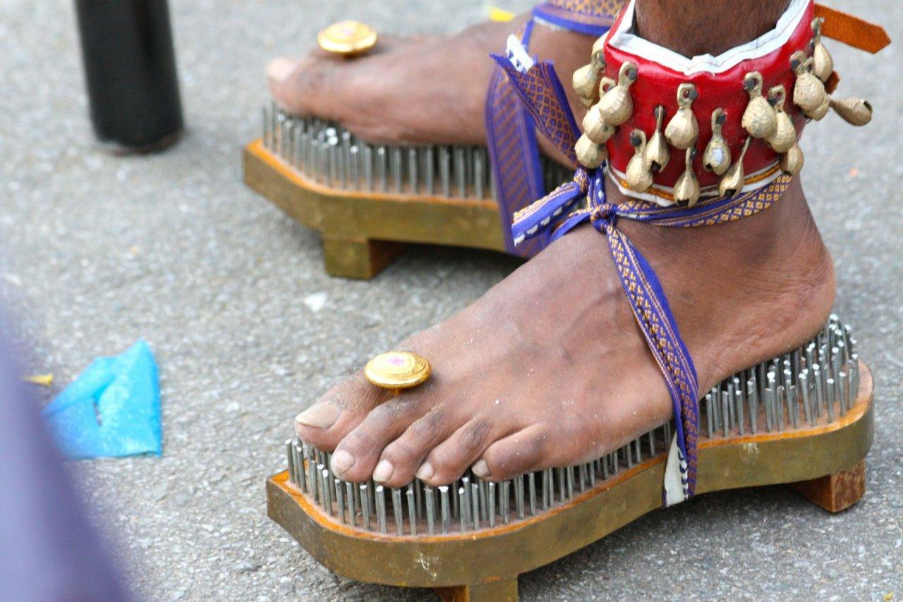 День, картинки про обувь прикольные