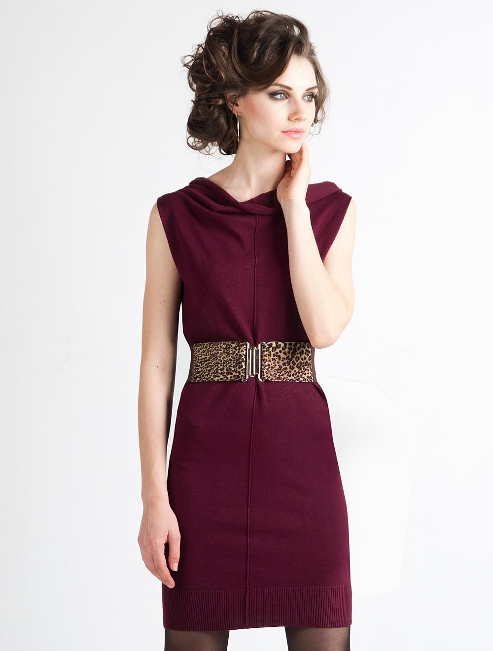 просто золотые аксессуары для бордового платья фото ультразум