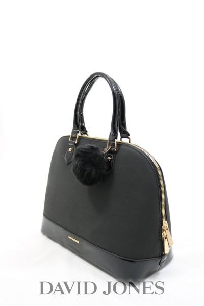e9f2601f6221 По внешнему виду сравниваю со своей другой сумкой л*е*о в*е*н*т*о*н*и ,  разницы не вижу. Главное сумочку не набивать, тогда и замочек застегнется и  сумка ...