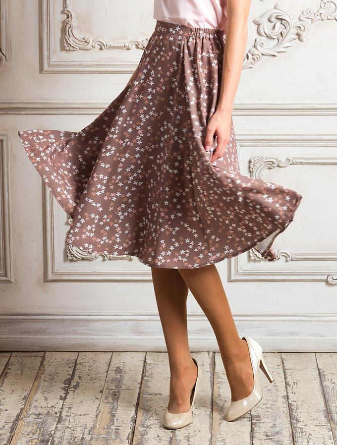 тройничного юбки из легкой ткани ниже колен картинки также