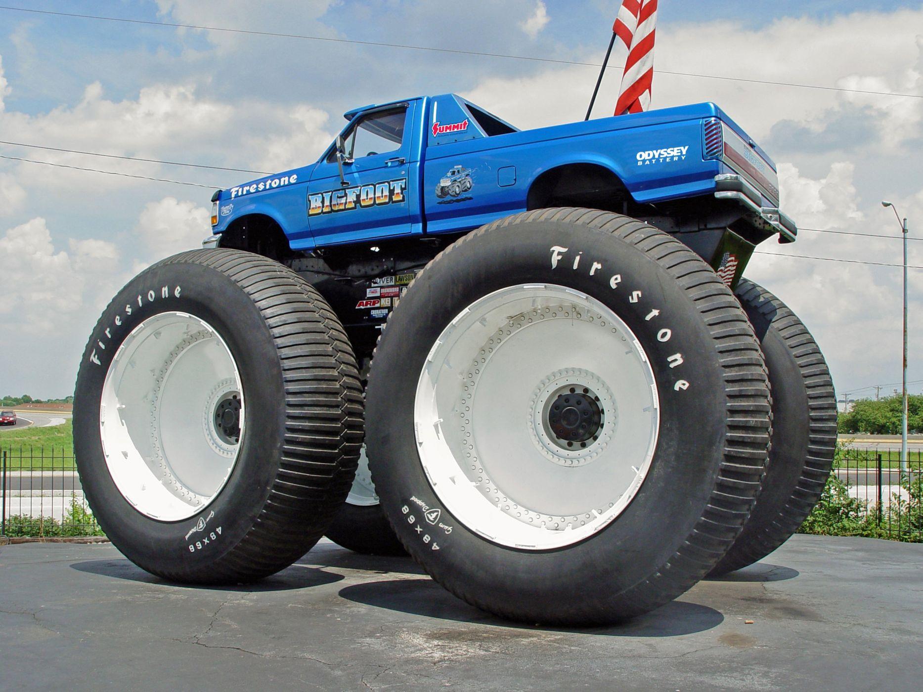 фотографии джипов на больших колесах бигфуты поддерживать здоровое