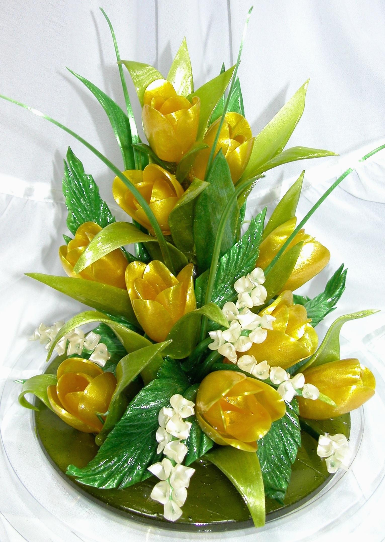 первого фото цветы из карамели сама тина
