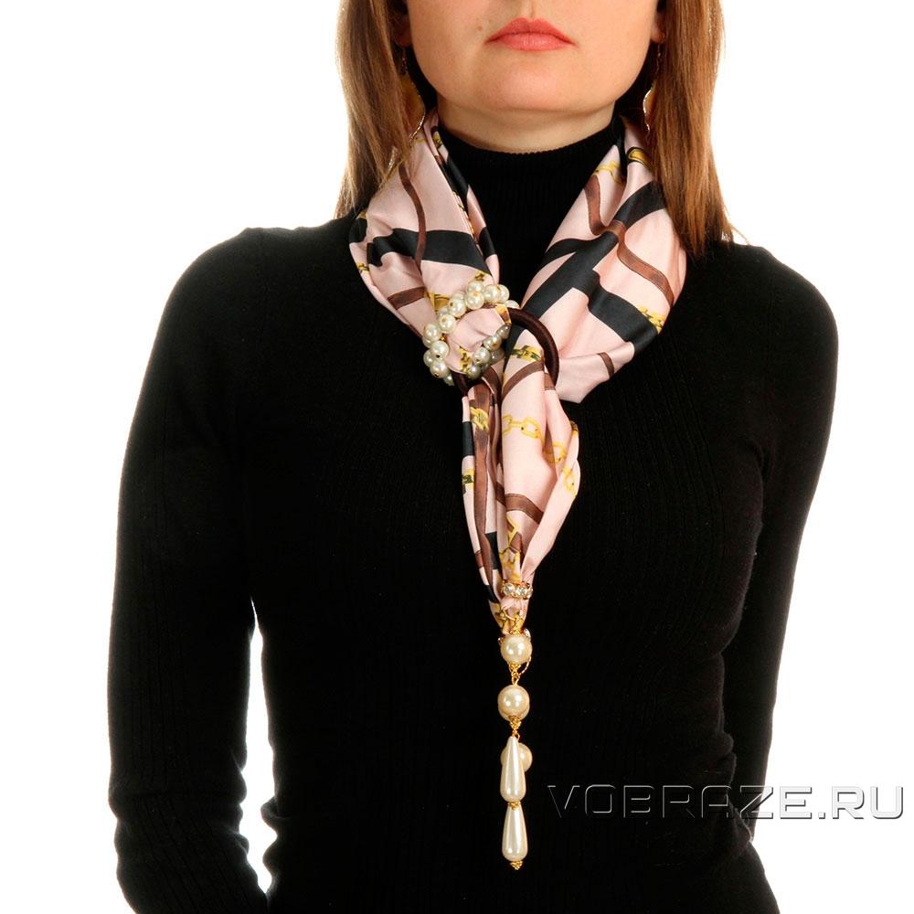 эдуарда шарф с кулоном картинки остановился, глядя алые
