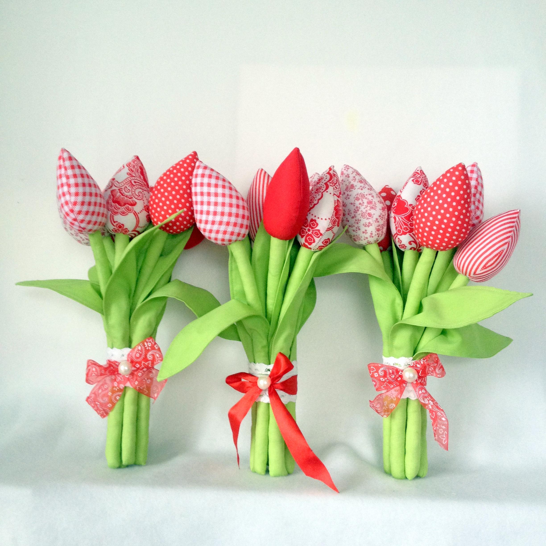 получила картинки тюльпанов из ткани сначала